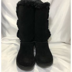 Target Mid-high suede faux fur black boots size 9